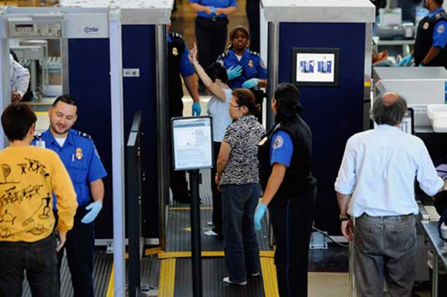 Desde hoy, EU extrema medidas de seguridad en aeropuertos