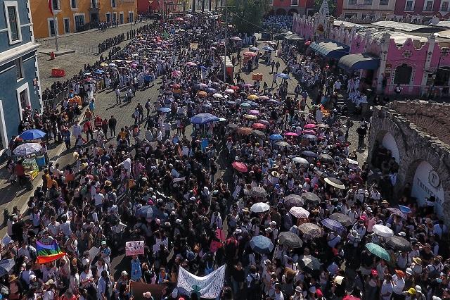 Rememoran estudiantes marcha universitaria contra la violencia