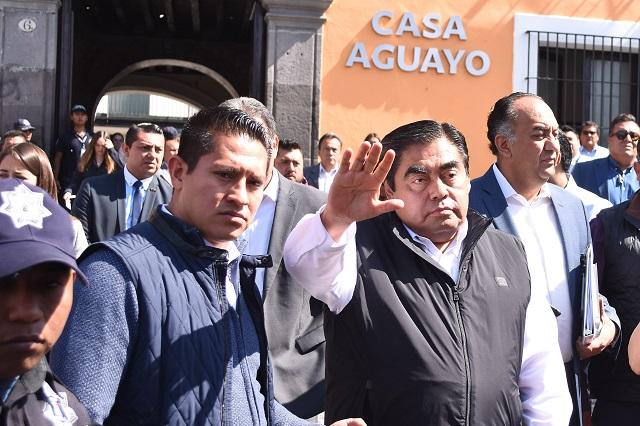 Vamos a resolver la seguridad entre todos, dice Barbosa a marchistas