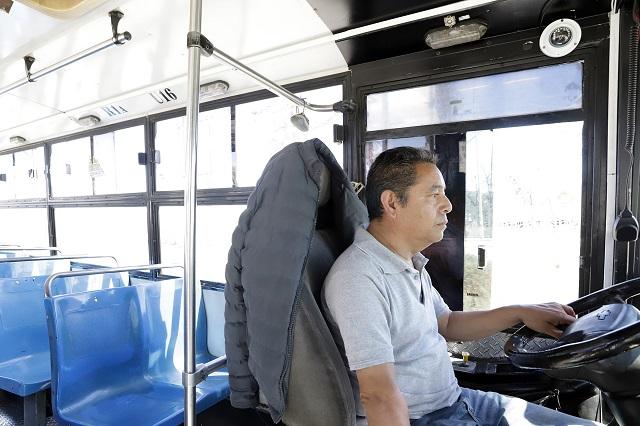 Transporte gratis a médicos y enfermeras dará gobierno