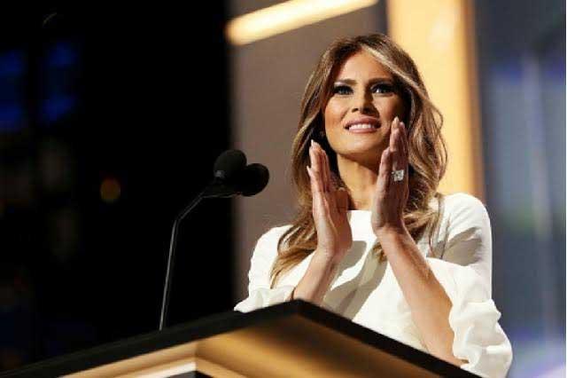 Sería un honor vestir a Melania Trump — Carolina Herrera
