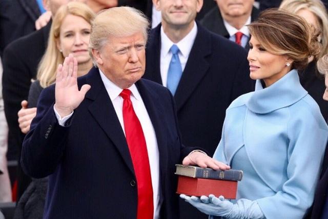 Reviran tuit de Melania Trump en pro de mujeres recordándole a su esposo