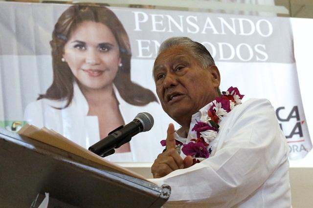 Melquiades respalda a Estefan y pide revisión profunda en el PRI