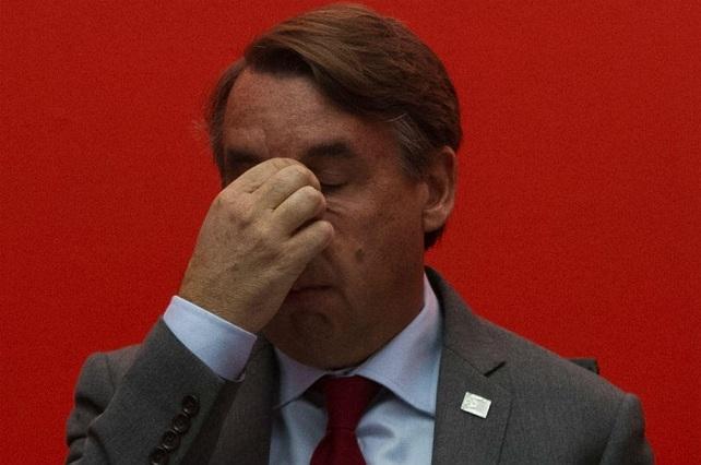 Reaccionan a la renuncia de Azcárraga a Televisa con memes