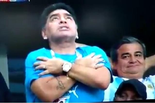 Posible llegada de Maradona a Dorados en memes con perico
