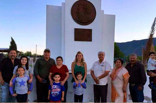 Dedican en Coahuila un monumento a Humberto Moreira