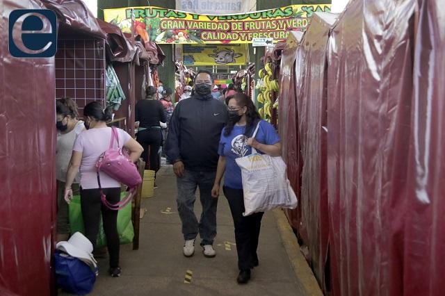 Por hundimientos, riesgo en el mercado de Amalucan, alertan