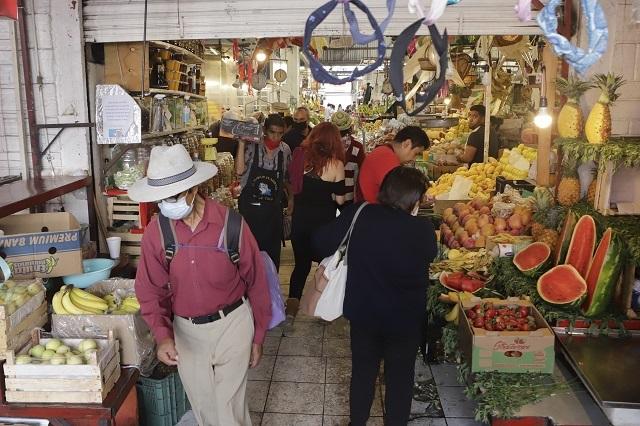 Mercados de Puebla serán regulados, no cerrados: Barbosa