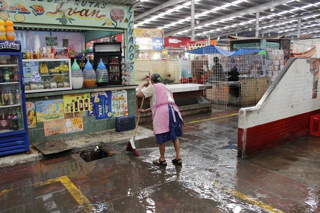 Locatarios del mercado Morelos temen les quiten sus locales
