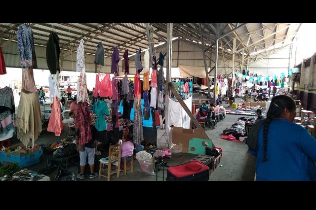 Desalojan a comerciantes de La Purísima en Tehuacán