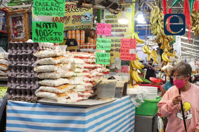 Poblanos gastan más 50% de su salario en alimentos: IBERO