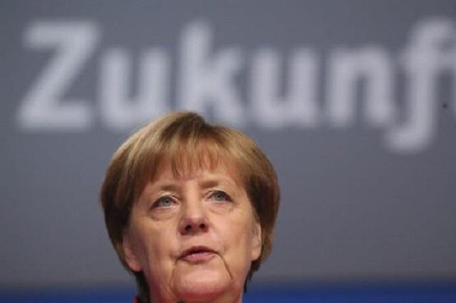 Teme Merkel que Covid mate abuelos en las fechas navideñas