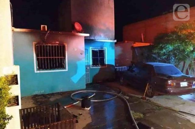 Hombre prende fuego a su esposa y luego a él, en Sinaloa
