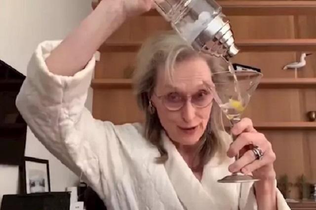 Meryl Streep se emborracha en videollamada y enciende las redes