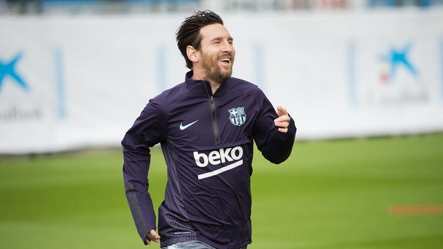 Regresó Messi tras lesión en el brazo