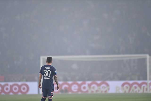 Disgusta a nobleza de Catar ver a Messi salir de cambio ante Lyon