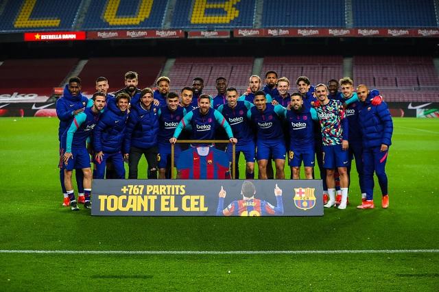 Barça rinde homenaje a Messi por imponer récord de partidos disputados