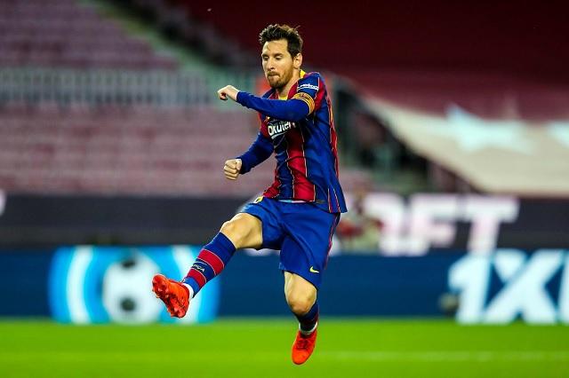 Manchester City no iría por Messi debido a su elevado costo