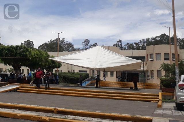 Recibe IMSS de Metepec más abuelitos y jóvenes con Covid