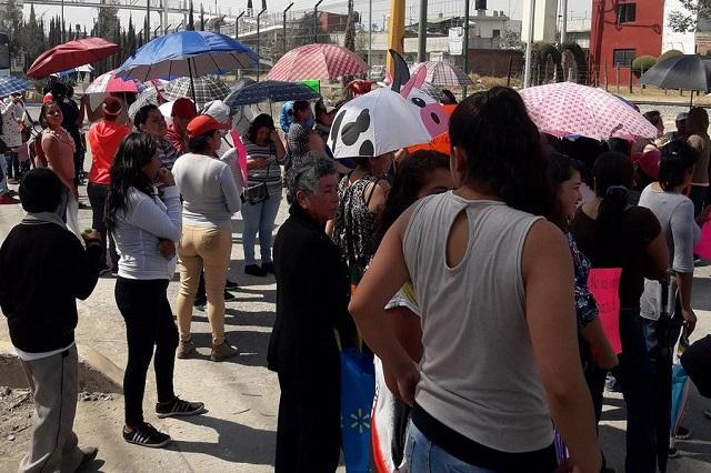 Arriesgan ciclo alumnos reubicados tras sismo en Puebla capital