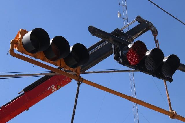 Atención y servicio a semáforos en la capital, garantizados: Semovi
