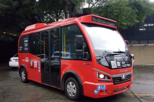 """Presentan """"metrobusito"""" en CDMX, autobús 100% eléctrico"""