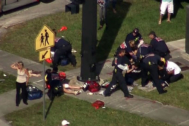 Confirman que un mexicano murió durante el ataque en secundaria de Florida