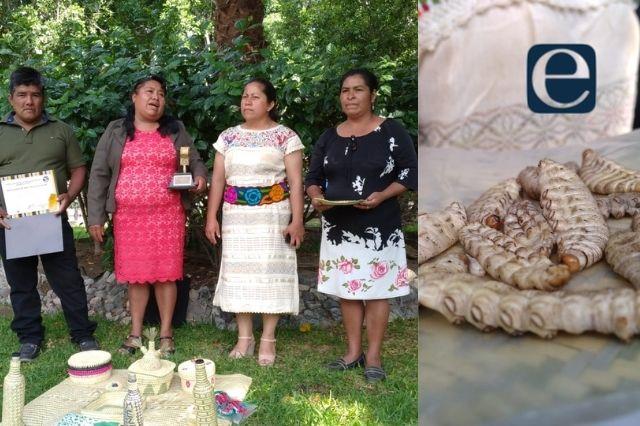 Dan distinción a artesanos y mezcaleros de Caltepec