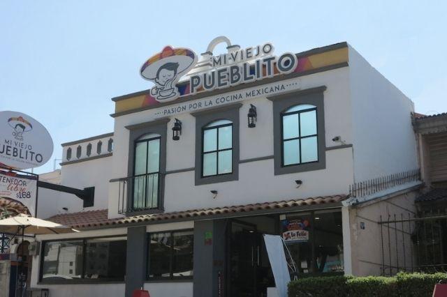 Las franquicias del gobierno se entregaron a empresarios: Barbosa