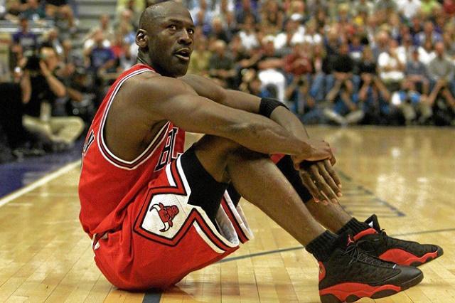 Michael Jordan recuerda dolorosa experiencia con tenis: Me sangraban los pies