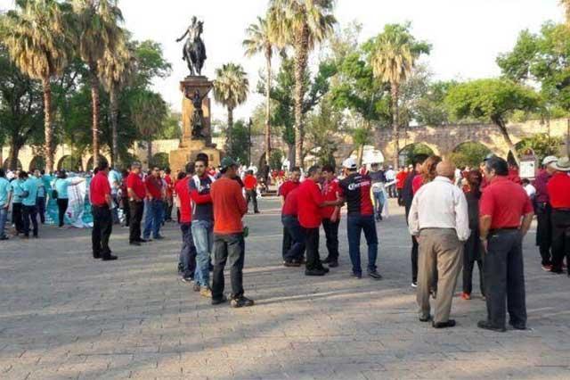Trabajadores de Michoacán demandan mejoras salariales