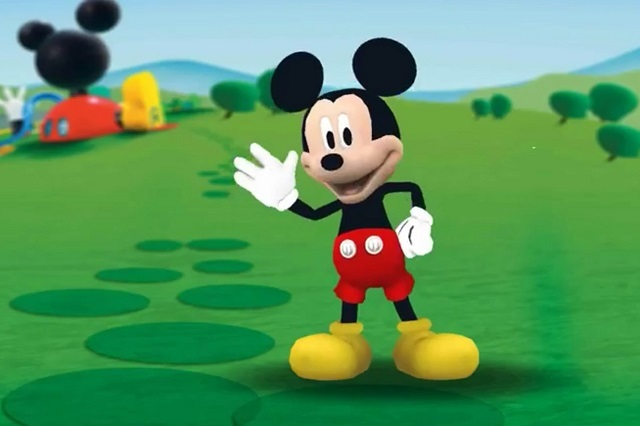 Mickey Mouse cumple 90 años y le hacen un retrato como homenaje