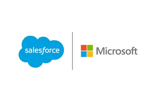 AMLO anuncia que Microsoft dará trabajo a universitarios