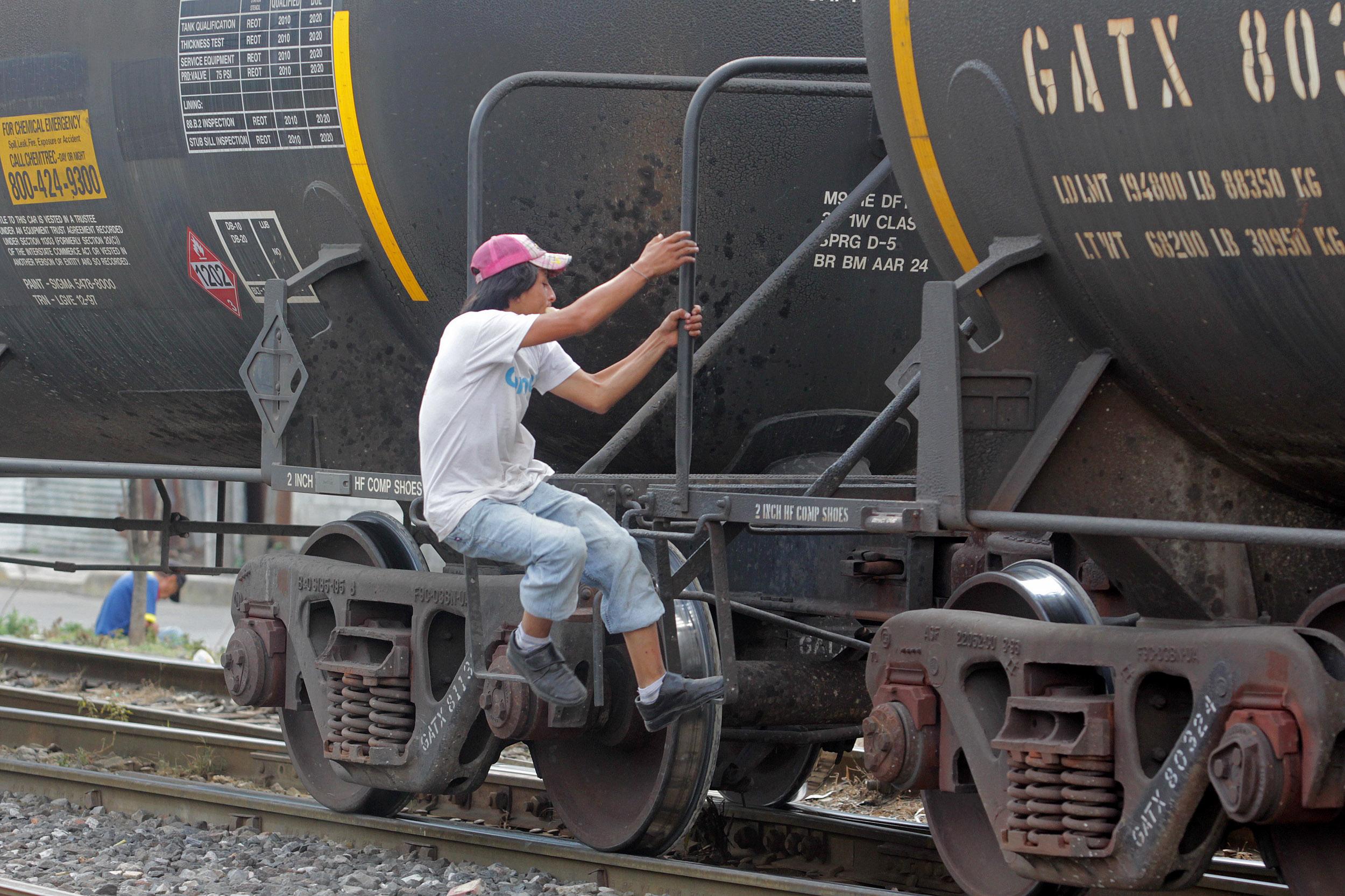 Apenas dan chamba en Puebla a 10 migrantes al mes