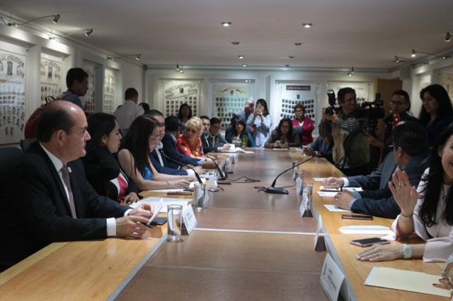 Diputados piden a SRE mejorar servicios en delegación en Puebla
