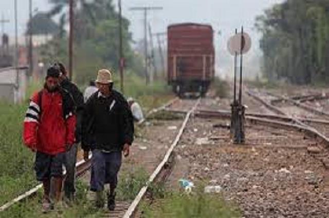 Covid-19 afecta a familias de migrantes en Acatlán