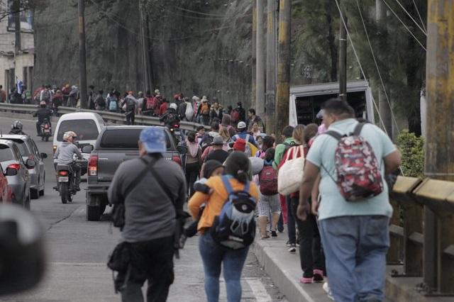 En la frontera sur no hay Guardia Nacional y migrantes entran a México
