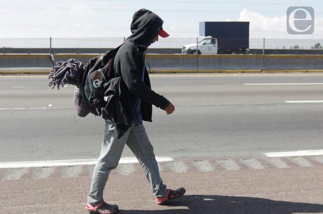 Poblanos rechazan apoyos federales tras regresar de Estados Unidos