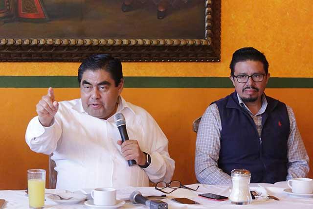 Barbosa sigue como aspirante a la coordinación estatal en Morena