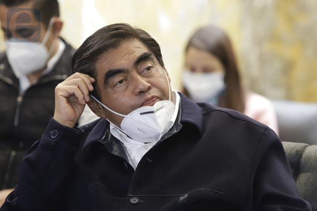 Exhibe Proceso al gobernador Barbosa; es peor que Moreno Valle
