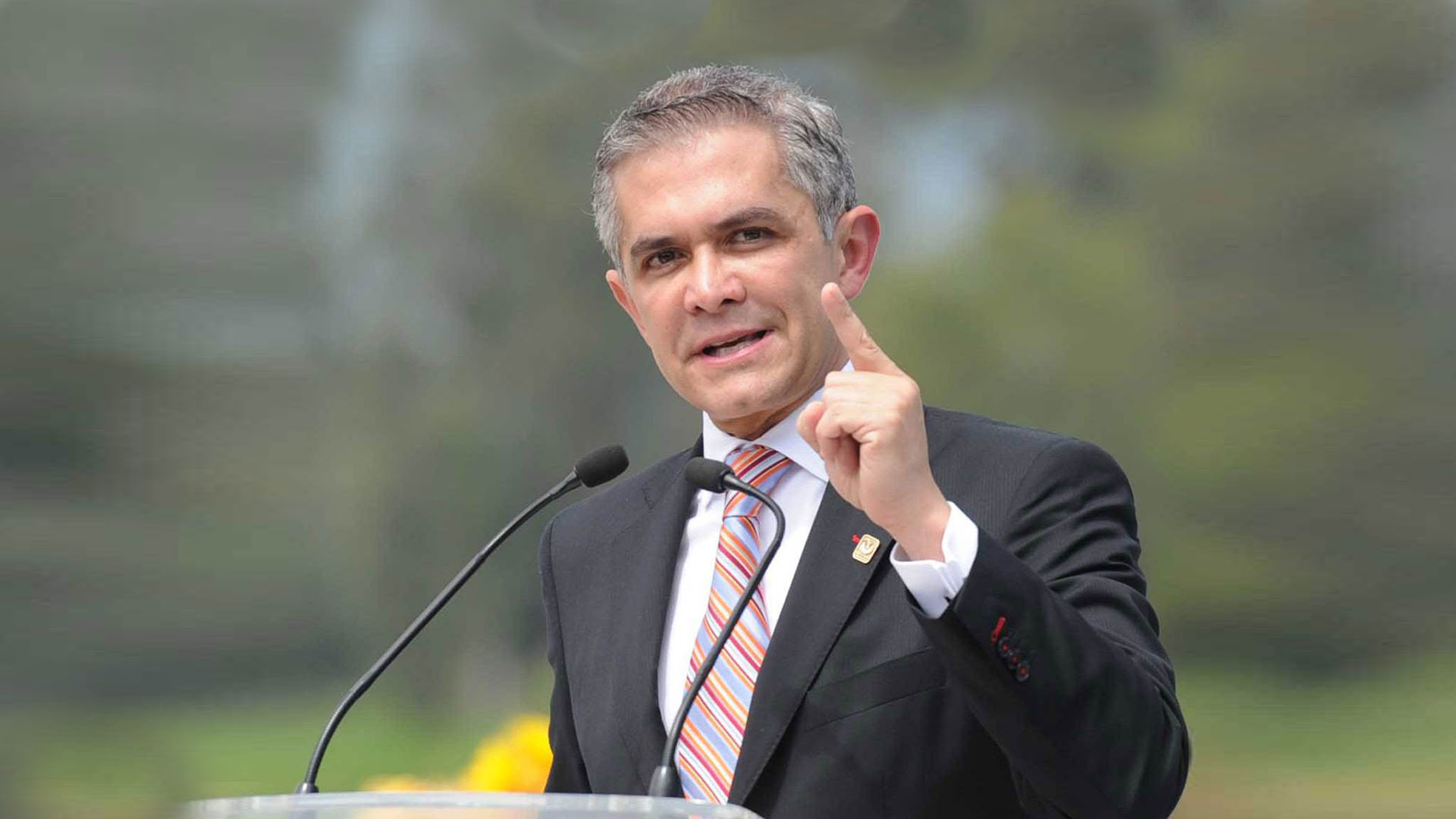 Mancera exige que el Frente no elija a sus candidatos por dedazo