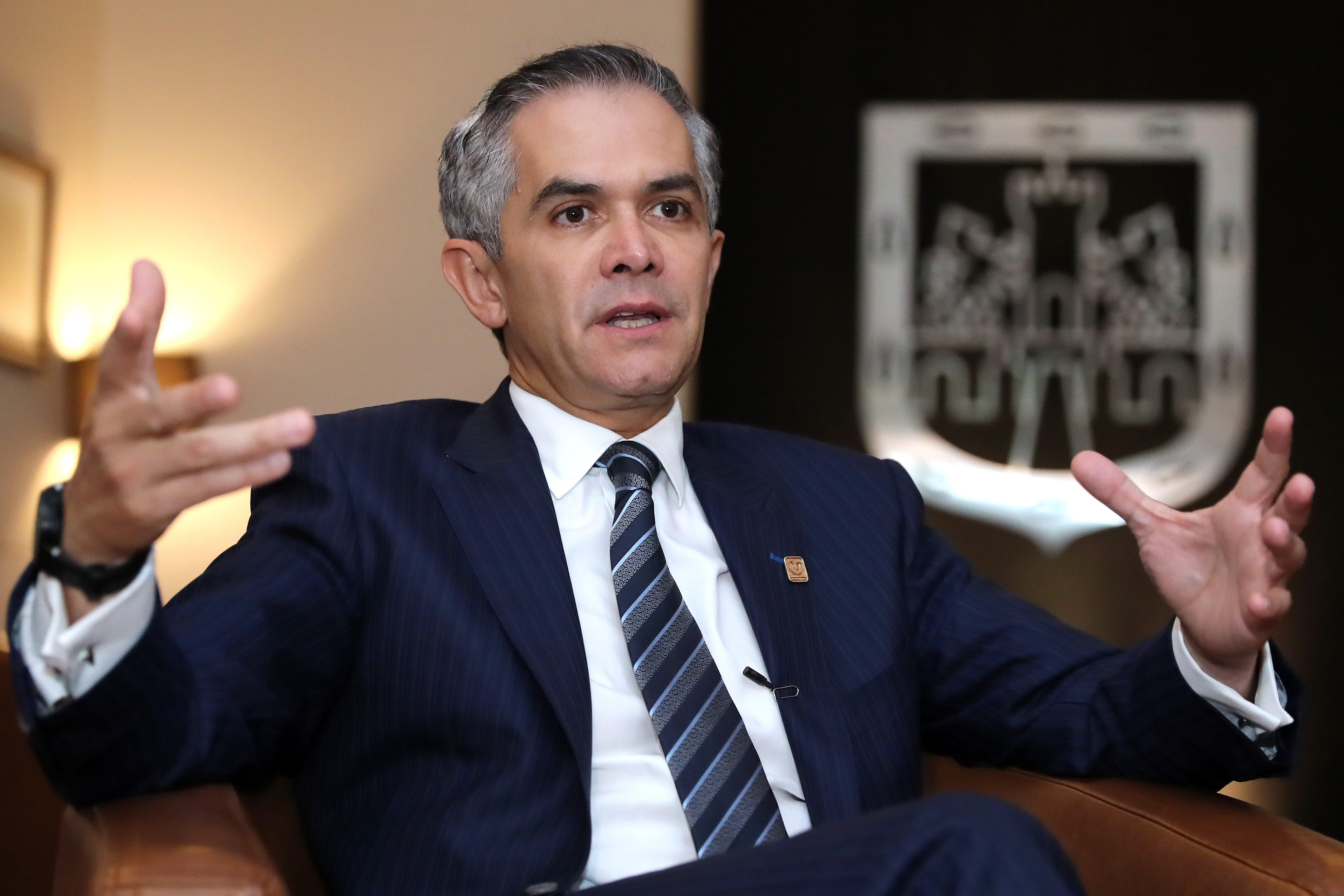 Mancera afirma que está listo para la candidatura del Frente Ciudadano