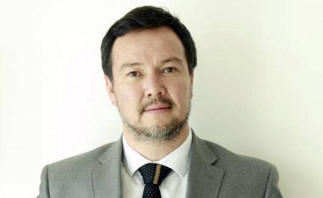 El poeta poblano Miguel Maldonado presenta libro en Feria de Frankfurt