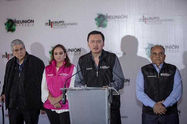 Javier Duarte es un corrupto desesperado, revira Osorio Chong