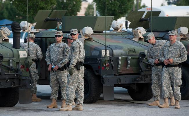 Donald Trump enviará a 4 mil militares a vigilar la frontera
