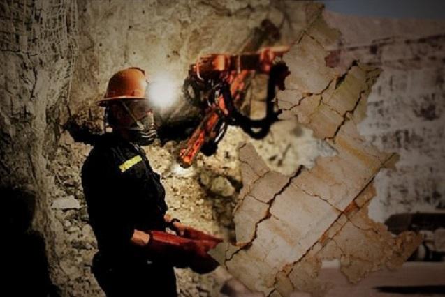 Minera canadiense oculta datos de consumo de agua en Puebla