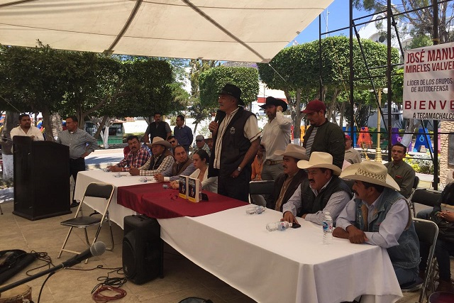Sostiene Mireles Valverde que en Puebla sí hay autodefensas