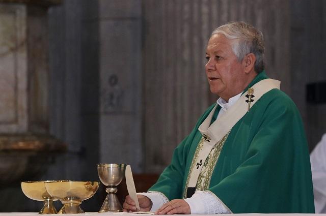 Descuento para escolares y adultos mayores, pide arzobispo