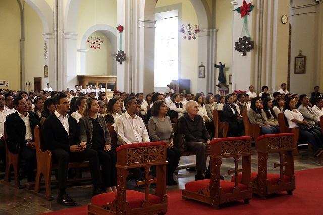 Sin Elba Esther, docentes van a misa por la pareja Moreno-Alonso