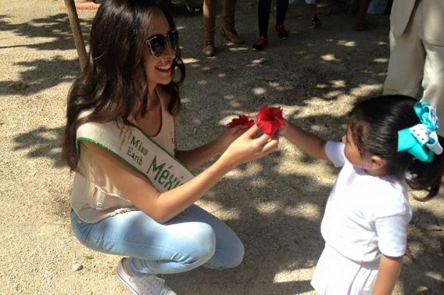 Abuchean a la ganadora Miss Earth México 2015